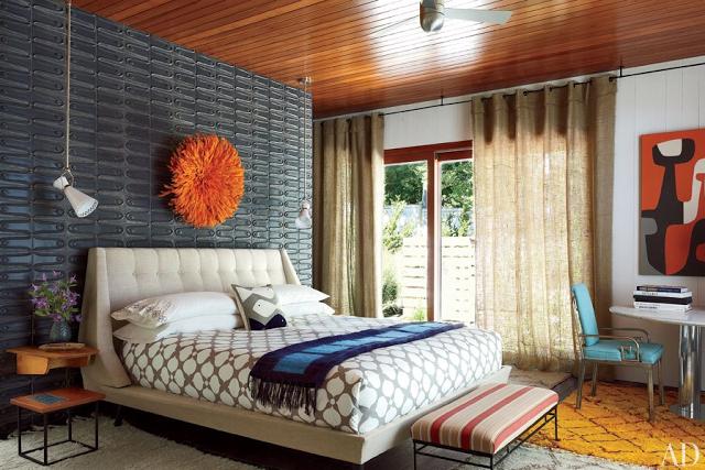 Material textile pe perete 1